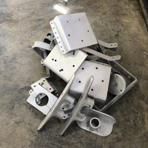 Préparation de surface métal chez Air Gommage
